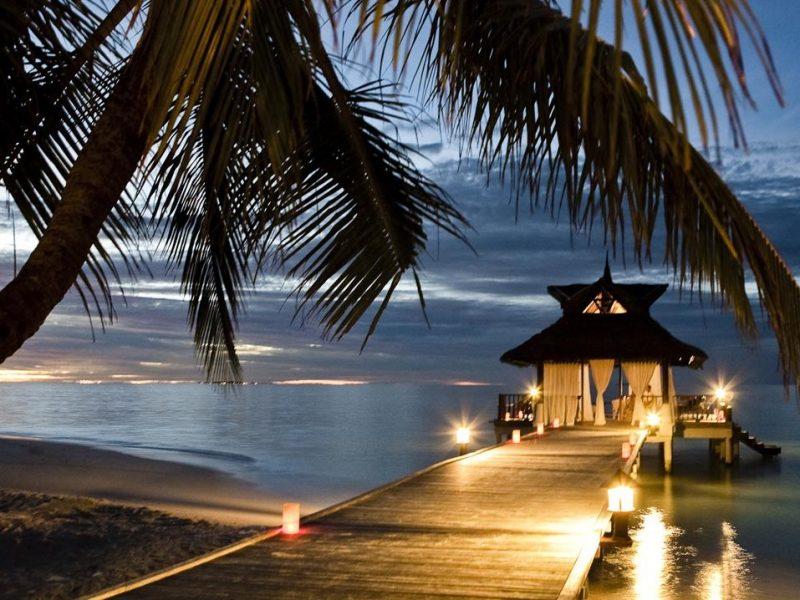 Banyan Tree Vabbinfaru Maldives Resort Maldives Header