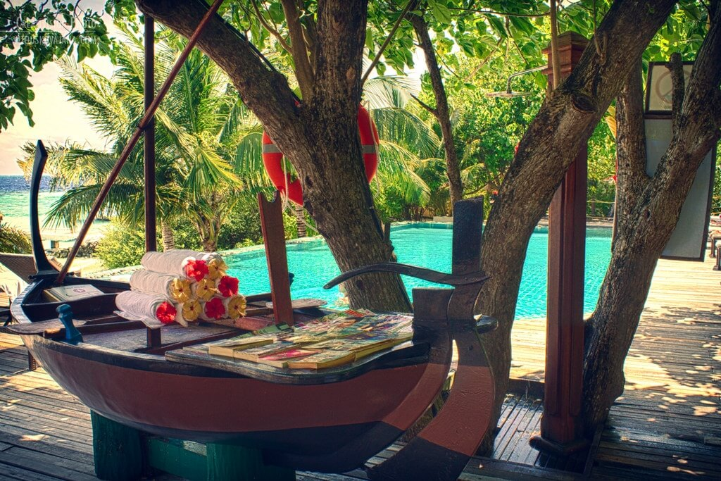 Eriyadu Island Resort Maldives Header