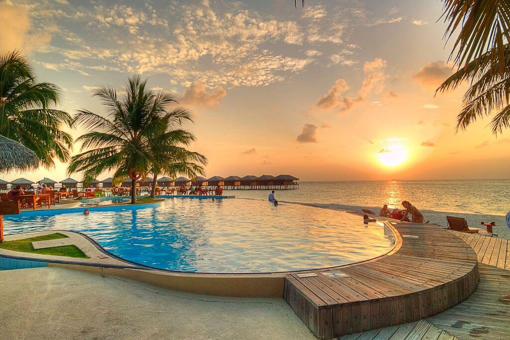 Filitheyo Island Resort Maldives Header