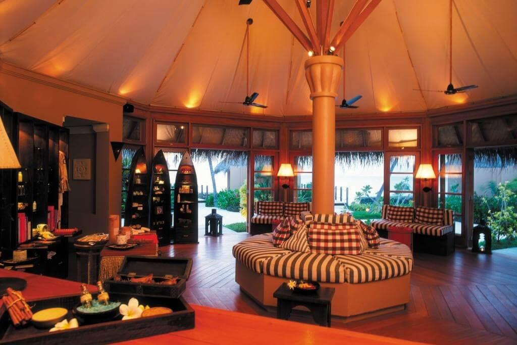 Four Seasons Resort Maldives Kuda Huraa Header