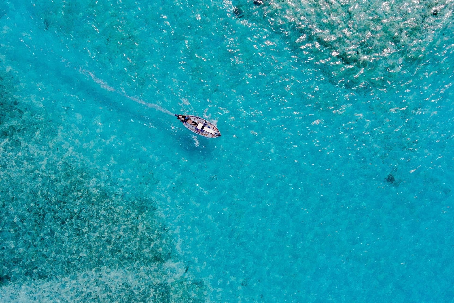 Snorkeling & Cruise with Full Day South Malé Local Island Hopping Trip
