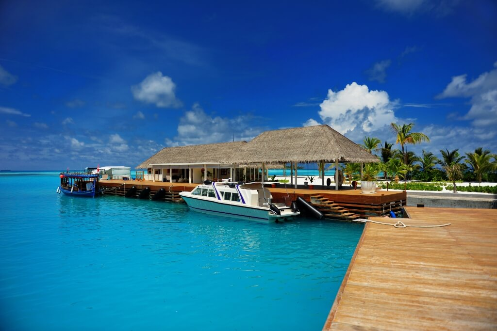 Kandooma Maldives Resort Header