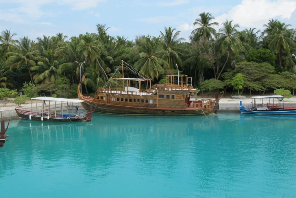 Liveaboard Cost & Packages in the Maldives
