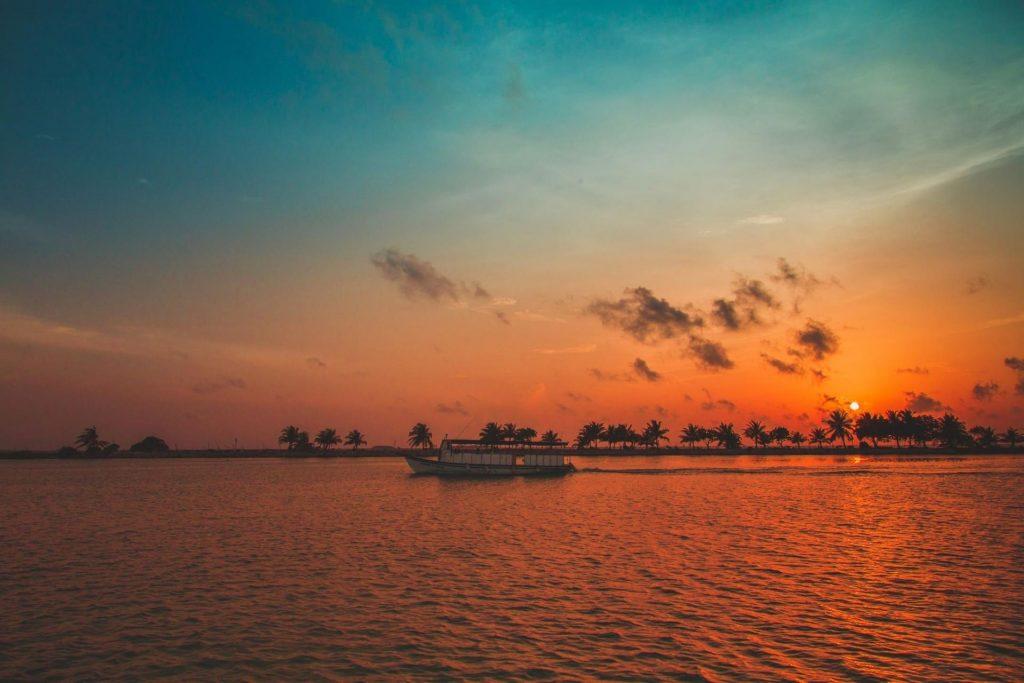 Snorkeling, Sandbank & Sunset Cruise Trip