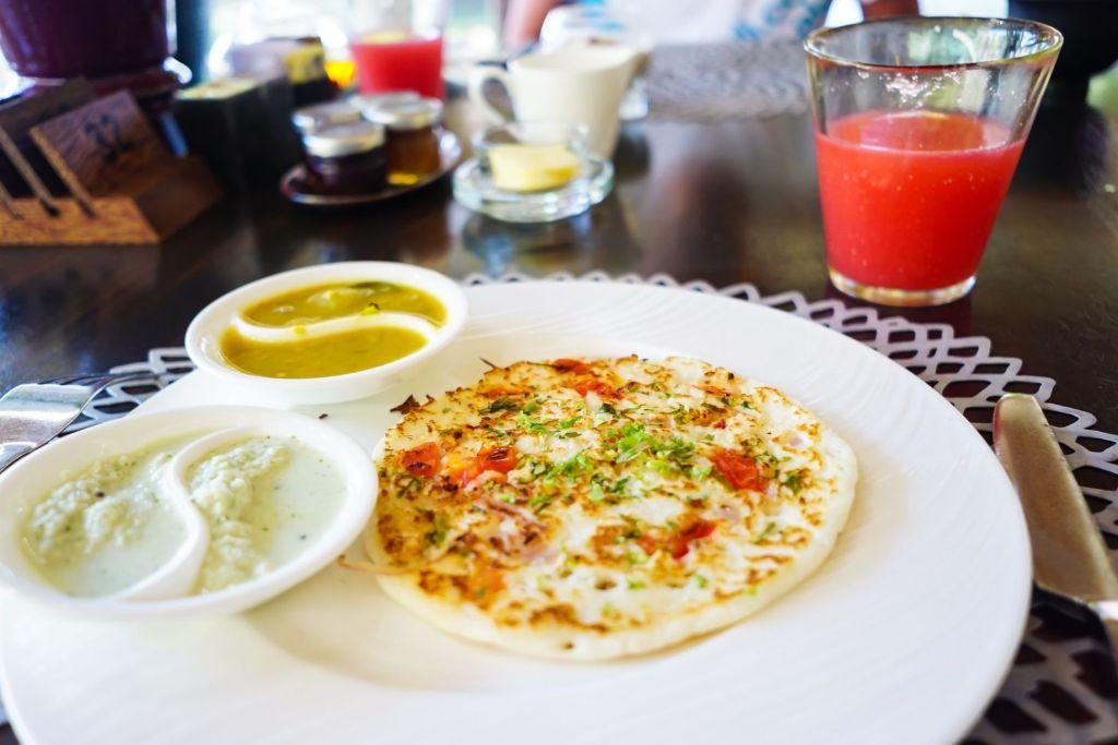 Sample Traditional Delicacies at Local Cafés in Malé