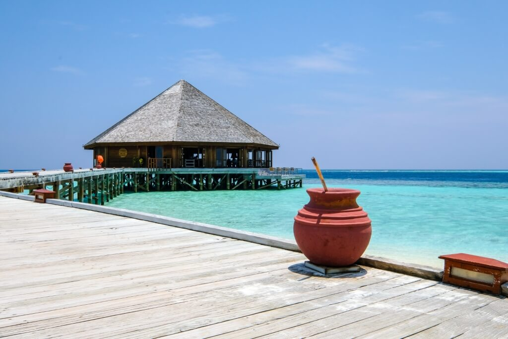 Vilamendhoo Island Beach Resort Maldives Header