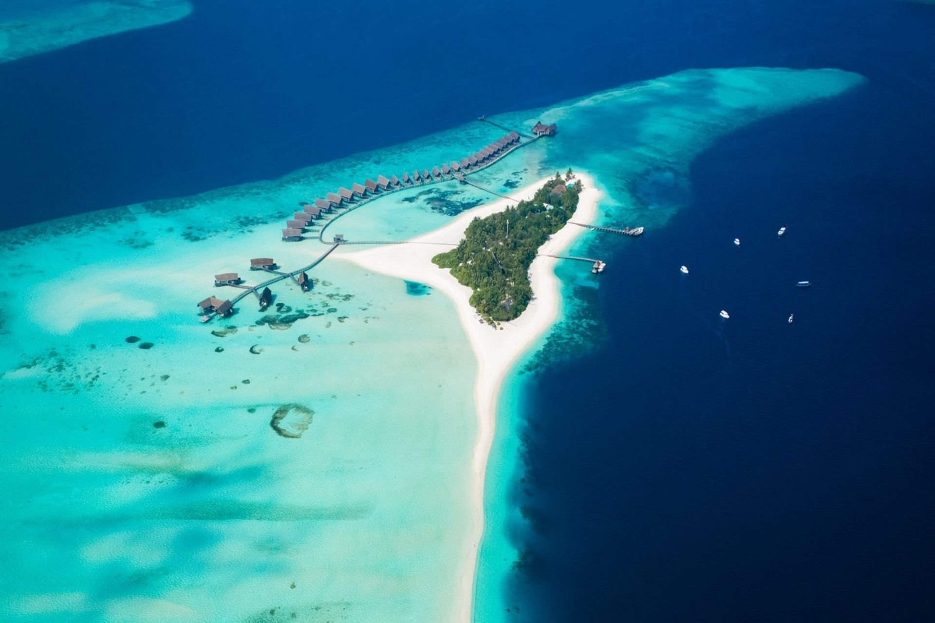 11 Best Luxury Over Water Bungalows In The Maldives w/ Price All Inclusive